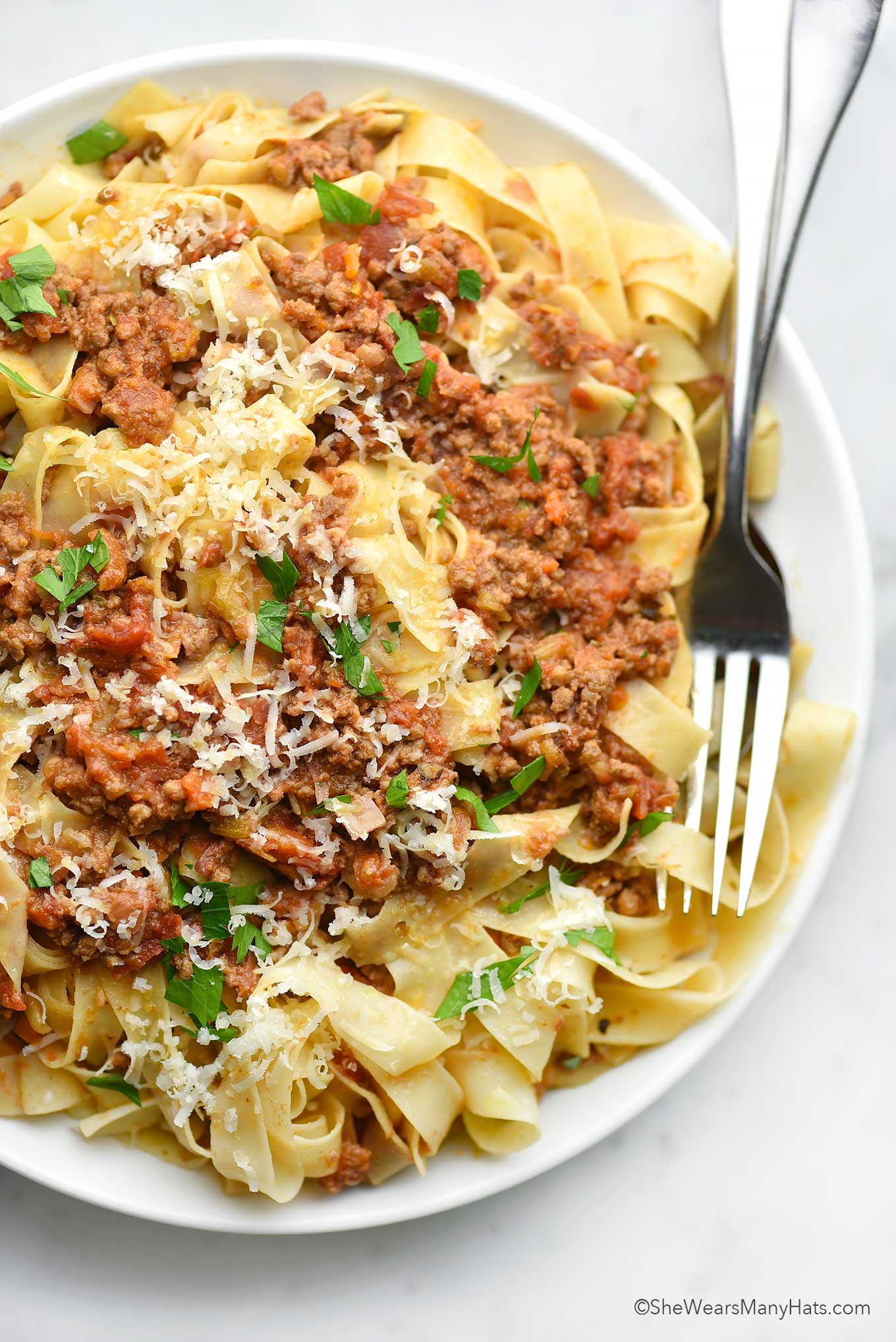 plate of beef bolognese pasta sauce