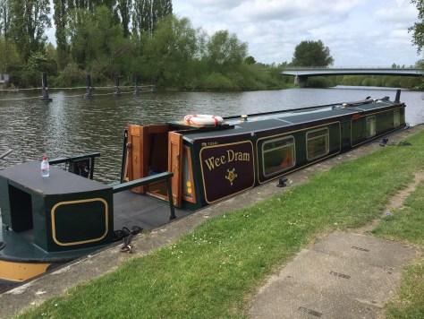 RYA_inland_waterways_helmsman_course_thames_boat_training