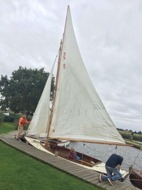 hunters_yard_sailing