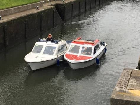 side_by_side_boat_tow_harts_cruiers_river_thames