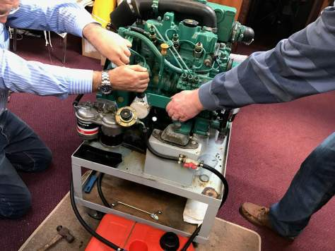changing_oil_filter_marine_diesel_engine