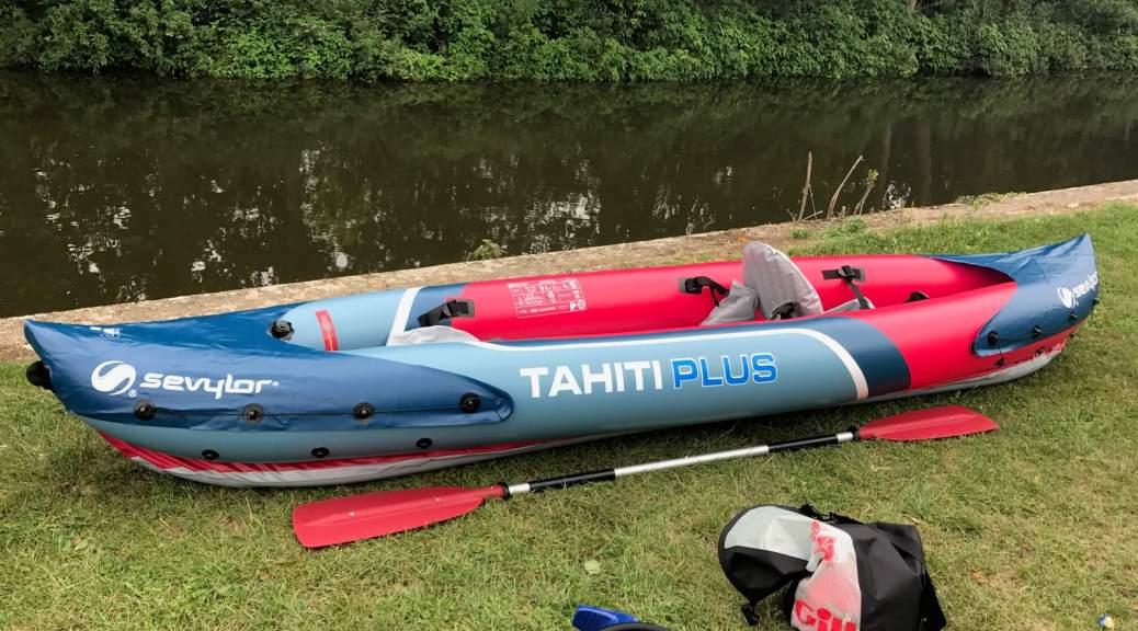 inflatable_kayaking