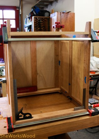 How many squares does it take to build a cabinet?