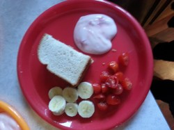 PB&J bananas tomatoes, yogart