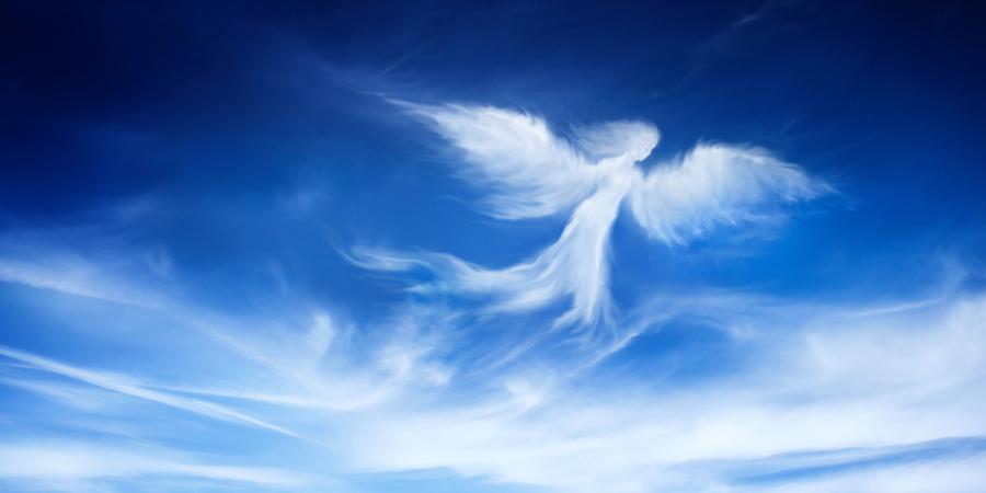 Ангел в виде облаков