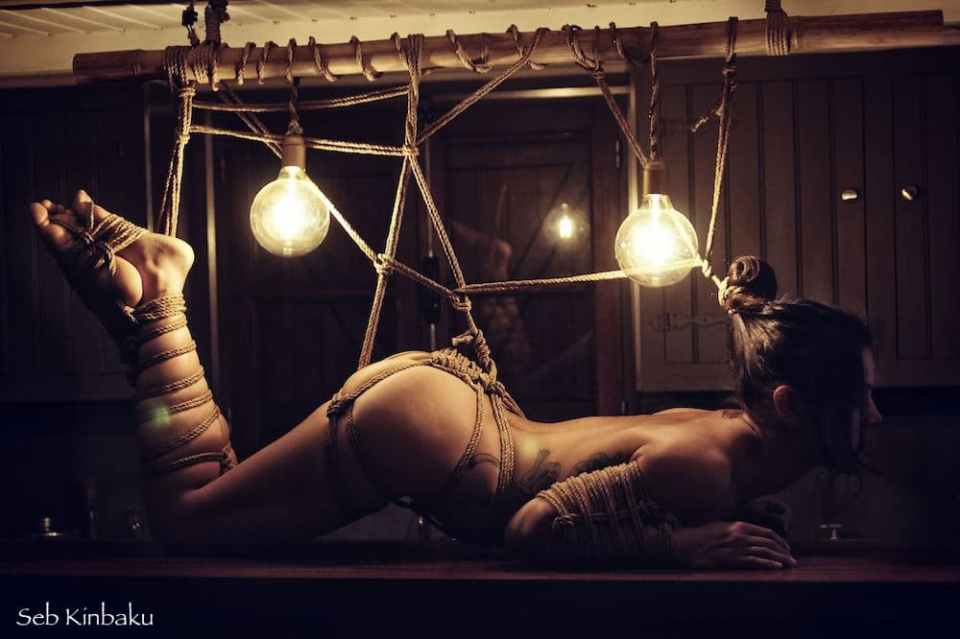 shibari nude art paris