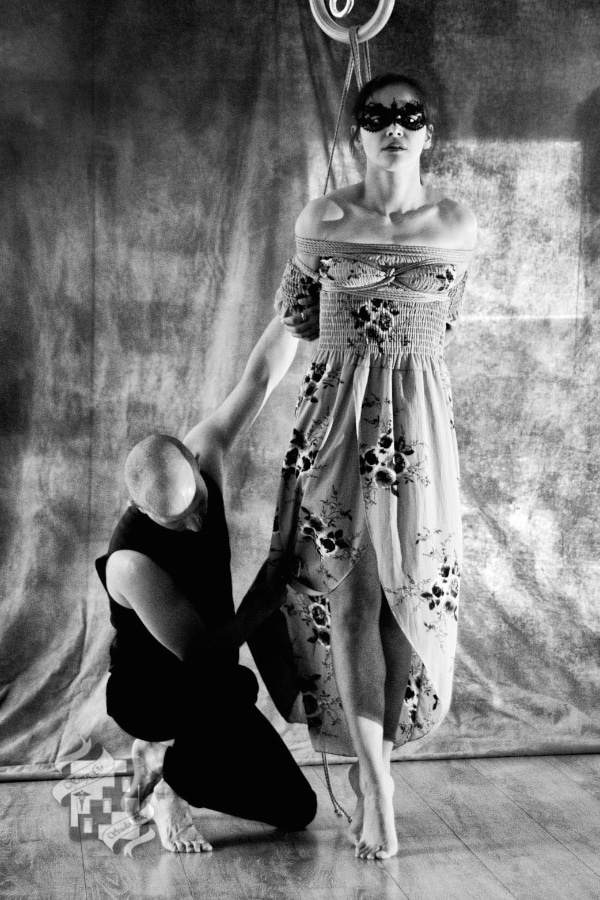 Performance shibari à la Shibari School Paris