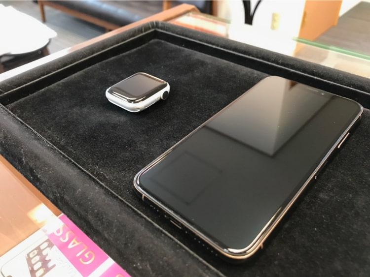 iPhoneXSとAppleWatchをガラスコーティング