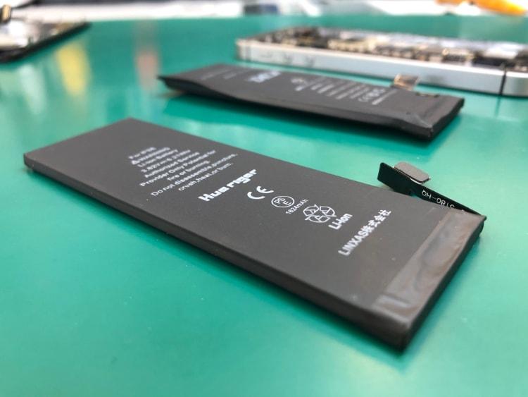 iPhoneSEバッテリー膨張