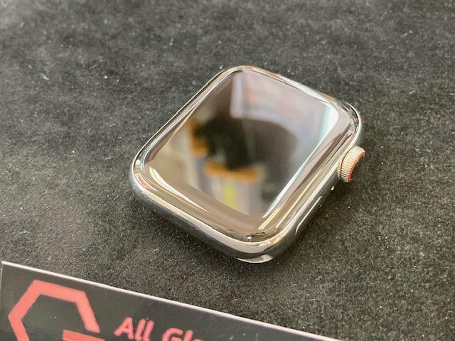 アップルウォッチ4をガラスコーティング