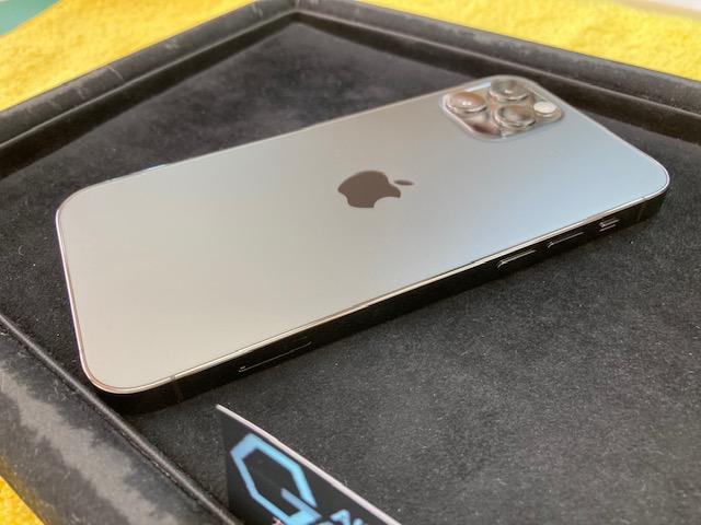 iPhone12Proをガラスコーティング!
