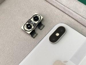 iPhoneXのリアカメラ修理