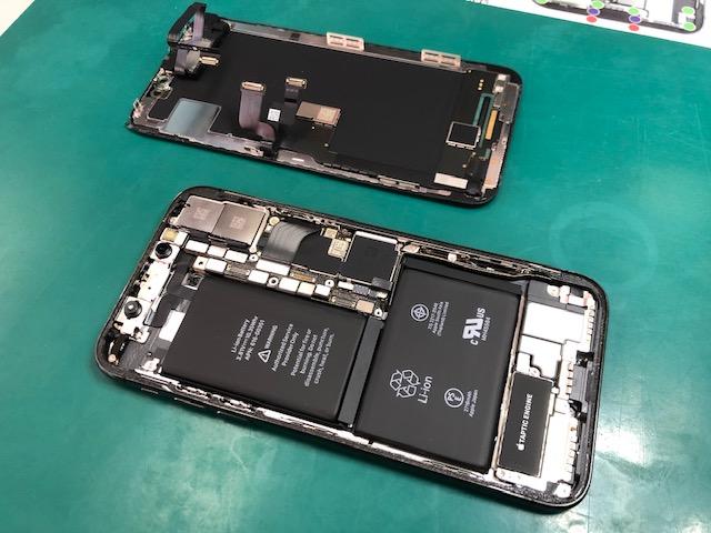 iPhoneXのバッテリーを交換