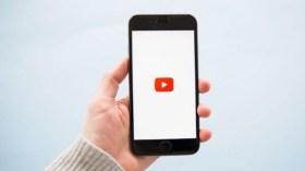 YouTube iPhone'ları sömürüyor!