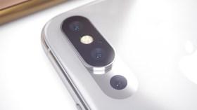 2019 iPhone üçlü kamera ile fark atacak!