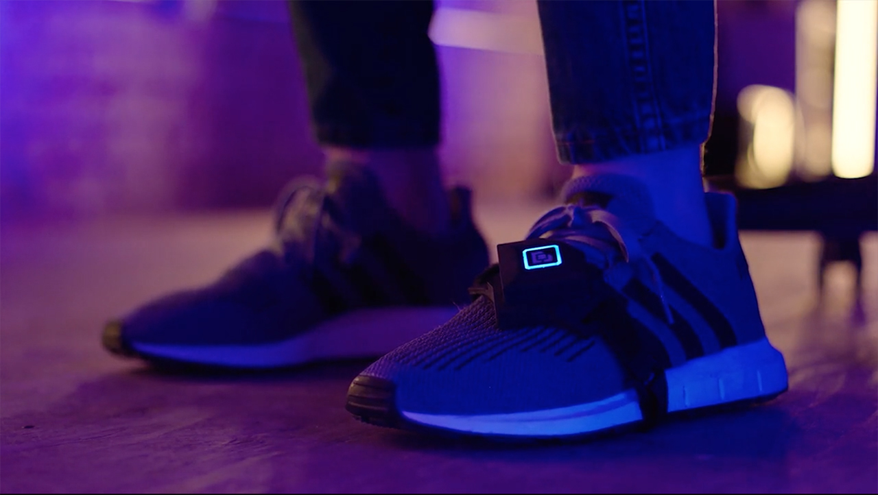 Ayağınız ile oyun oynayın: Bcon