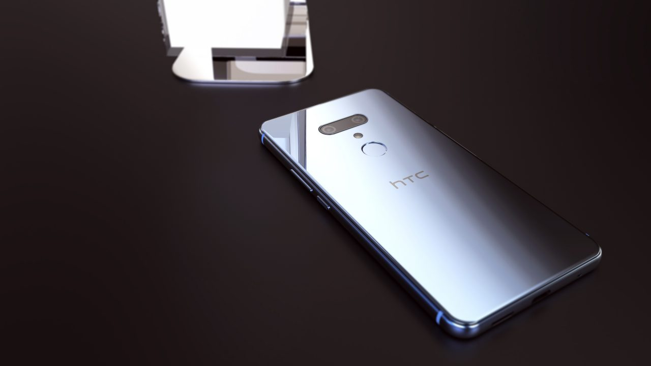 HTC U12 Plus renk seçenekleriyle internete düştü