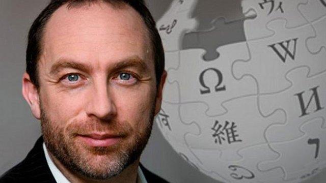 Vikipedi kurucusu Jimmy Wales
