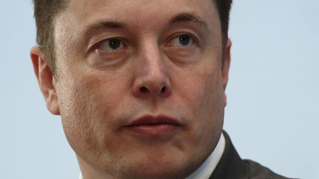 Elon Musk ceza ödeyerek yönetim kurulu görevinden ayrılacak