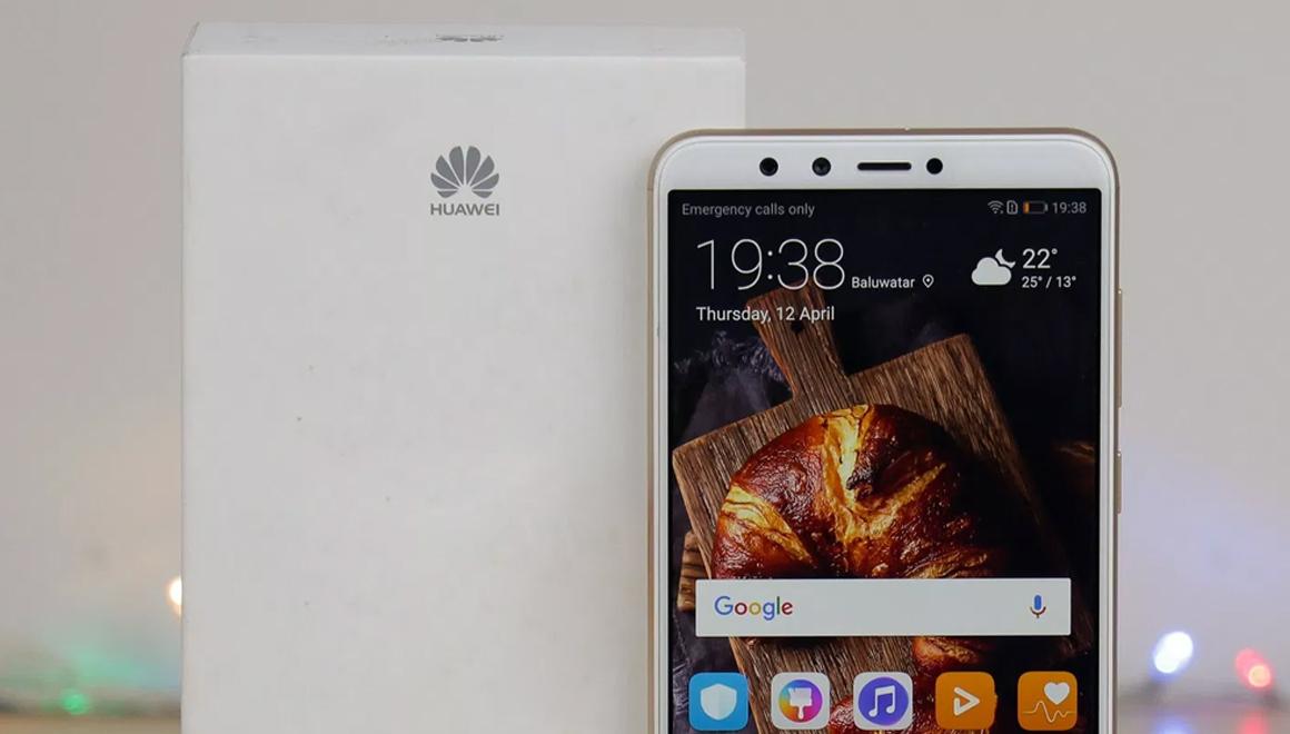 Huawei dev ekranlı iki akıllı telefon geliştiriyor