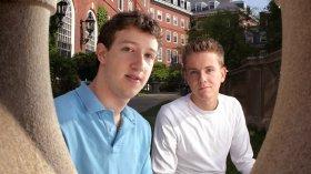 Facebook kurucu ortağı, Zuckerberg'i suçladı!