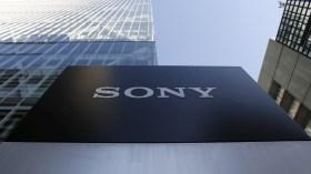 Sony'den 6 kameralı yeni telefon gelecek!