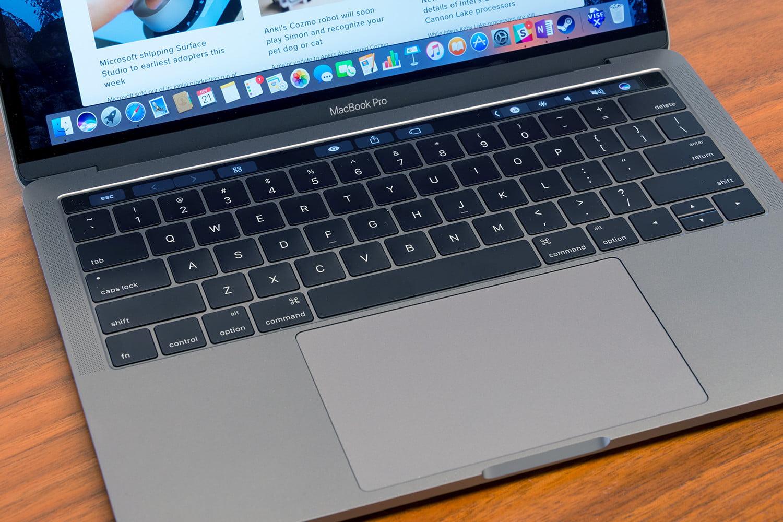 Macbook Pro patladı