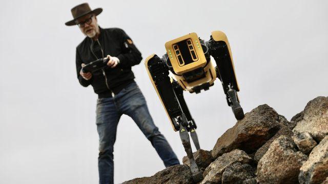 Boston Dynamics robotu