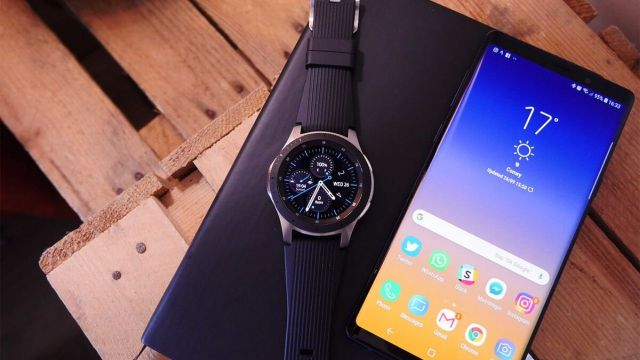 Samsung Galaxy Watch fotoğraf ve video