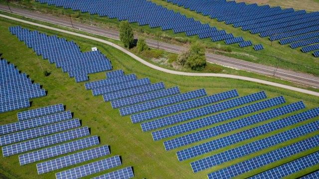 Almanya ve İngiltere'den güneş enerjisi rekoru