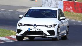 8. nesil Volkswagen Golf R asfaltta!