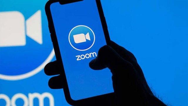 Zoom giderek büyümeye devam ediyor