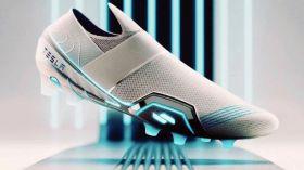 Nike ve Adidas tasarımcısından 'Tesla' imzalı ayakkabı