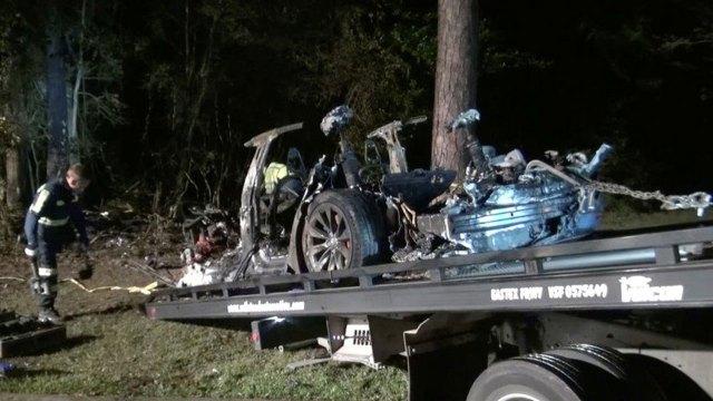 Ölümlü Tesla kazasının raporu ortaya çıktı