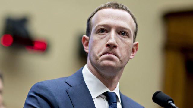 iPhone kullanıcılarından Facebook'a kötü haber