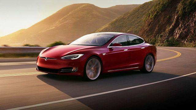 Tesla otomobiller görme yeteneği kazanıyor