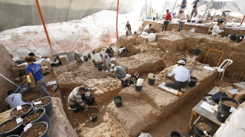 İsrailde yeni antik insan türü keşfedildi