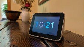 Lenovo yeni akıllı saati Smart Clock 2'yi tanıttı!