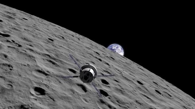 NASA Ay'ın uzak tarafına bilimsel yük indirecek
