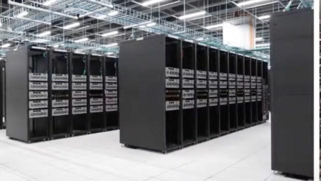 Tesla süper bilgisayarı
