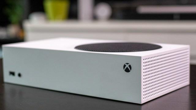 Xbox Series S daha cazip hale geldi: İşte fiyatı!