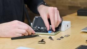 Apple'dan iPhone 12 için ücretsiz onarım programı
