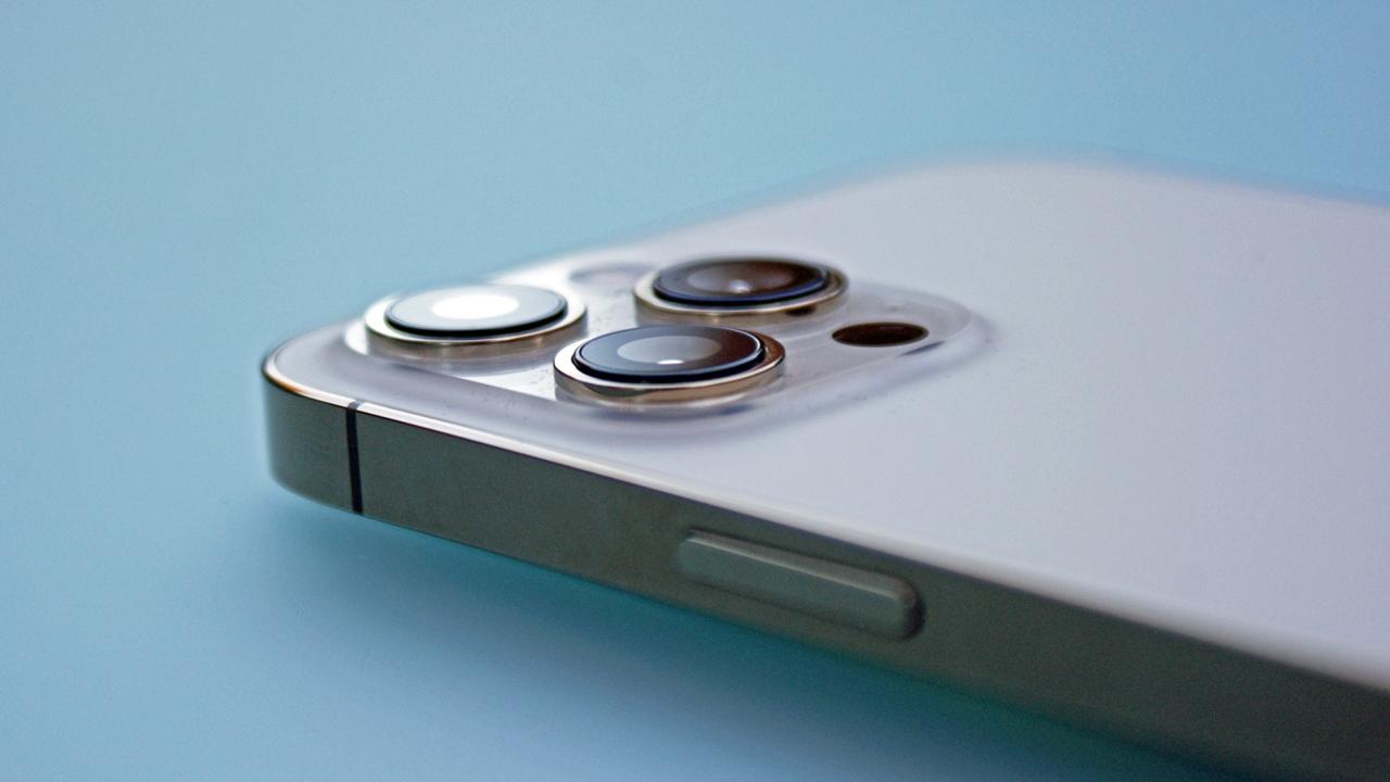 Yeni iPhone 13 renkleri