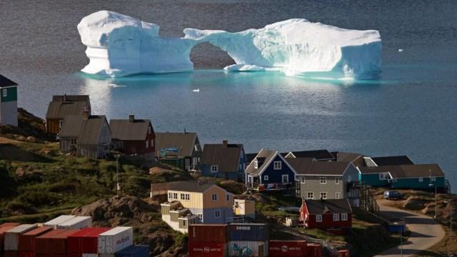 Grönland ilk kez yağmur yağdı