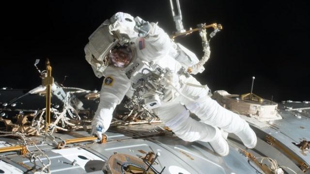 NASA, uzay yürüyüşünü ertelemek zorunda kaldı