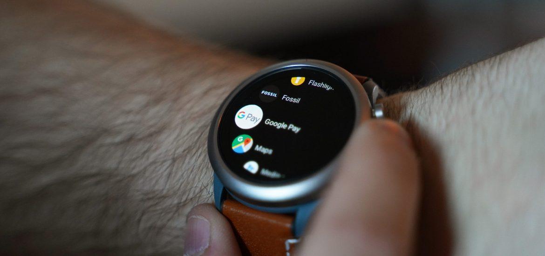 Google Pay, WearOS desteğini genişletmeyi sürdürüyor