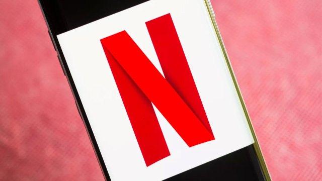 Netflix, 20 milyon kişinin sürekli izlediği 'o kışkırtıcı sahneyi' açıkladı!