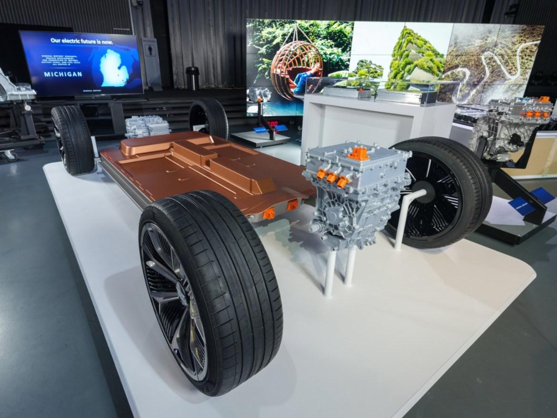 Chevrolet Silverado özellikleri açıklandı
