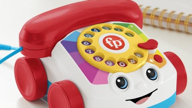 Fisher-Price, yetişkinler için Chatter telefon çıkardı