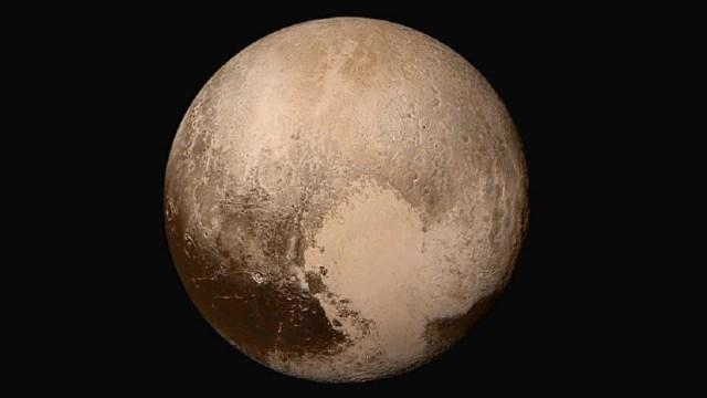Plüton atmosferini kaybediyor